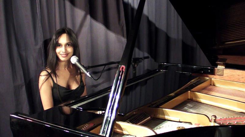 sumudu Jayatilaka piano