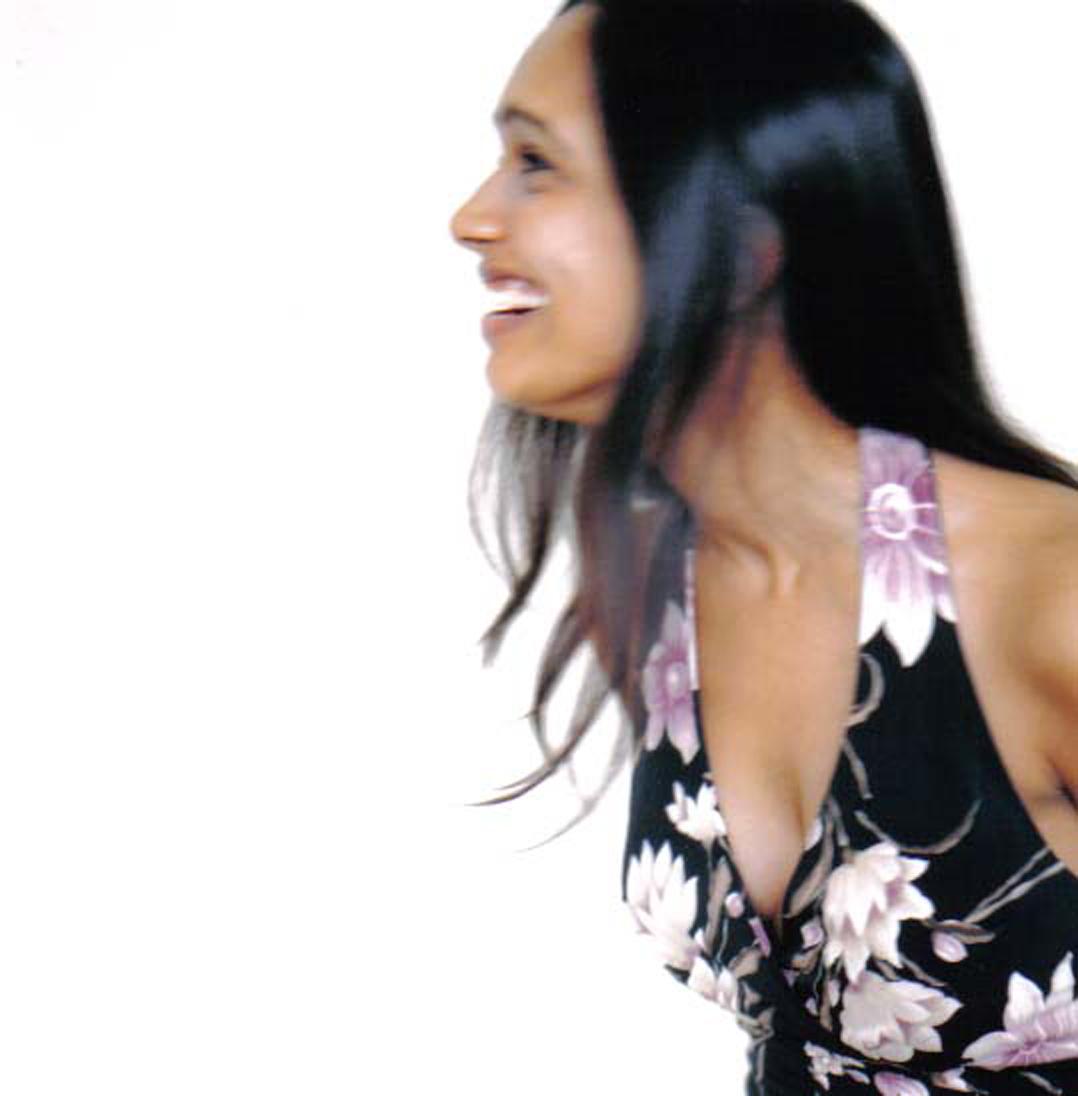 Sumudu Jayatilaka Singer
